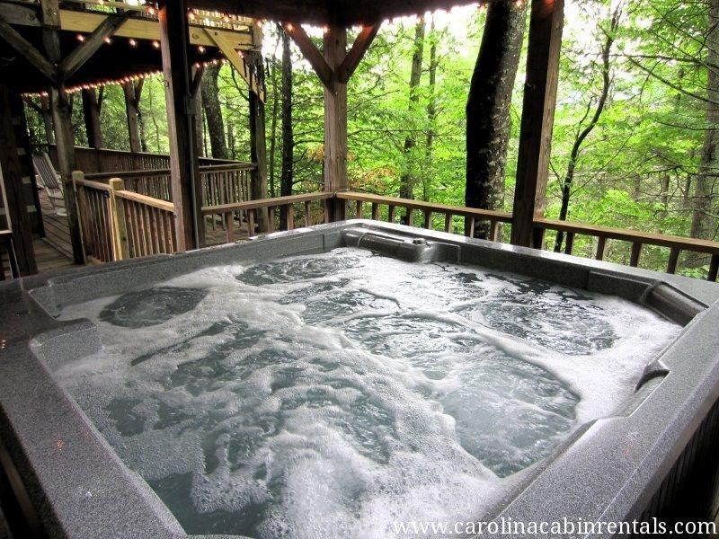 Raccoon Ridge Hot Tub - Raccoon Ridge - Boone - rentals