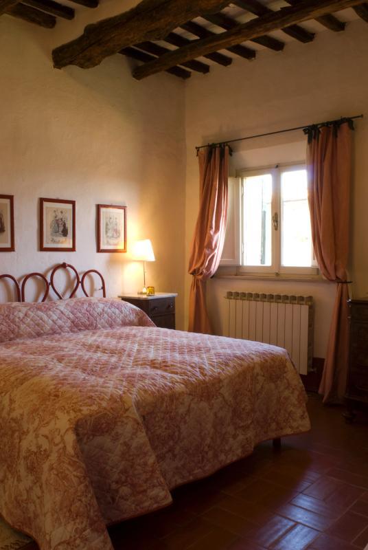 Hilltop House in Tuscany - Monteriggioni - La Corte - Image 1 - Monteriggioni - rentals