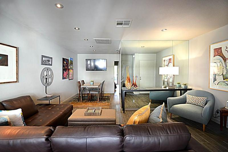 Biarritz with a View - Image 1 - Palm Springs - rentals