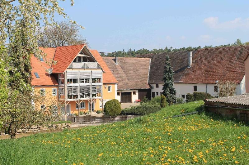 Vacation Apartment in Heilsbronn - 592 sqft, comfortable, bright, modern (# 5544) #5544 - Vacation Apartment in Heilsbronn - 592 sqft, comfortable, bright, modern (# 5544) - Heilsbronn - rentals