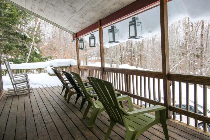 Large, dog-friendly home w/ private hot tub - perfect for retreats or reunions - Image 1 - Killington - rentals