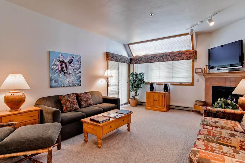 Affordably Priced Steamboat Springs 4 Bedroom Condo/Villa - Snow Flower 304 - Image 1 - World - rentals
