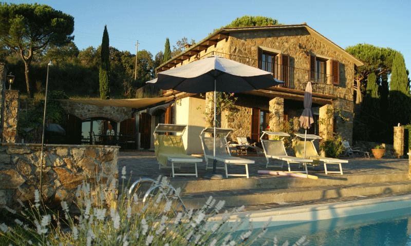 Guarda Mare -  best base camp for your tuscany stay - Villa Guarda Mare - Spectacular Pool with Sea View - Roccatederighi - rentals