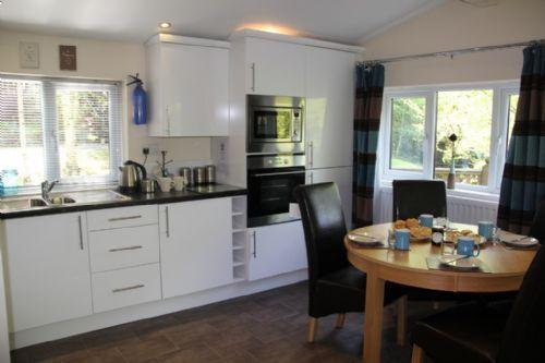 Chrisenroy lodge Whitecross bay. a modern two bedroom  central heated lodge. - CHRISENROY LODGE White cross bay, Windermere - Windermere - rentals