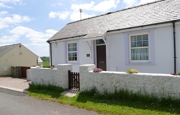 Violet Cottage - Image 1 - Pembroke - rentals