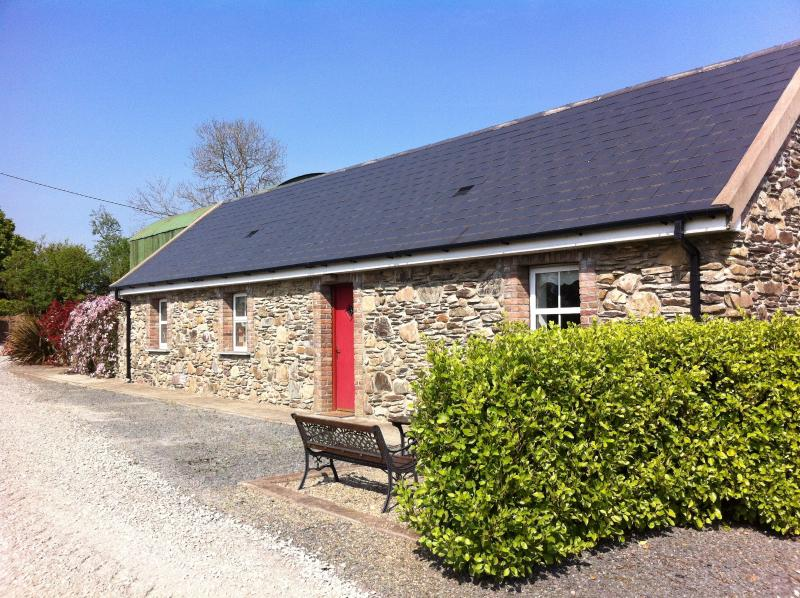 Rose Cottage - Chloe's Country Cottages: Rose Cottage - New Ross - rentals