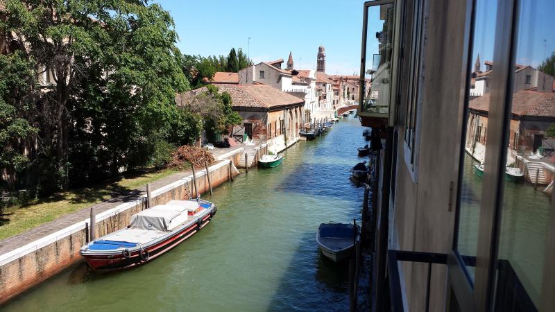 Ca Luminosa spacious lagoon view  free wifi - Image 1 - Venice - rentals