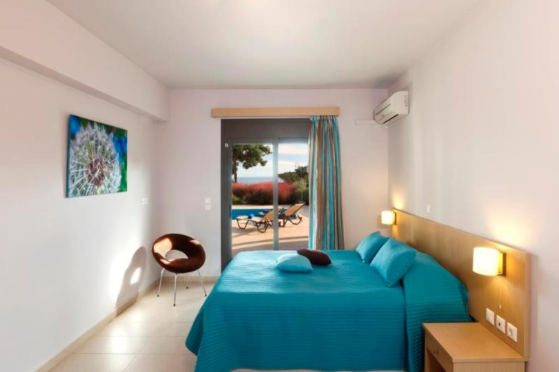 Master Bedroom - Villa Gonos - Kiotari - rentals