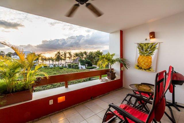 Casa Julie (8210) - Great Ocean Views, Full of Extra Amenities, Beachfront - Image 1 - Cozumel - rentals