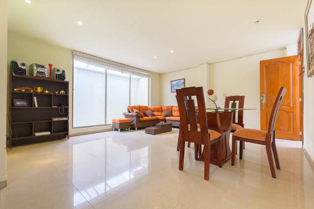 Living Room - 3br Big, comfortable Apt near Airport and downtown - Bogota - rentals