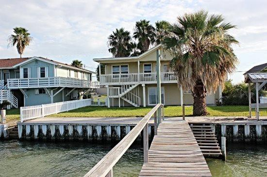 Back view of the house from the Pier - Copano Sunset - Rockport - rentals