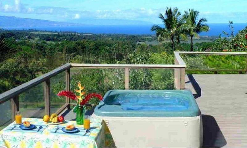 Jacuzzi on ocean-view deck - StarWind Honeymoon/Vacation Cottage - Haiku - rentals