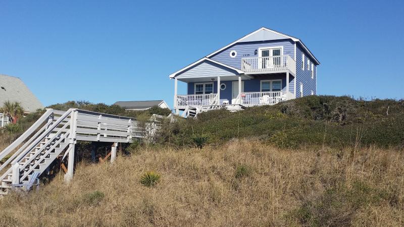 Oceanfront! - OCEANFRONT! Oak Island, NC, 5BR, Sleeps 12 - Oak Island - rentals