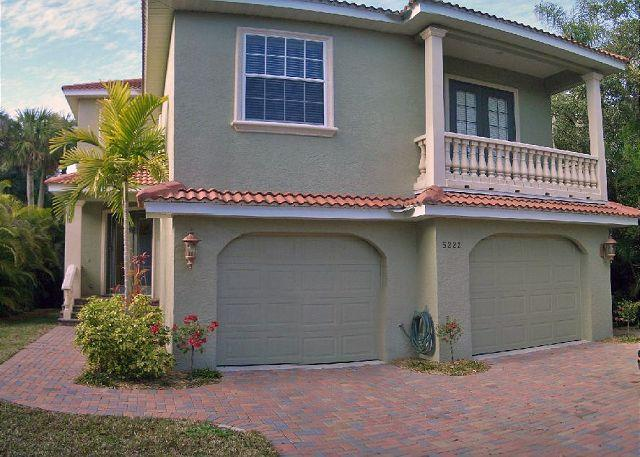 Well appointed canal front home - Image 1 - Siesta Key - rentals
