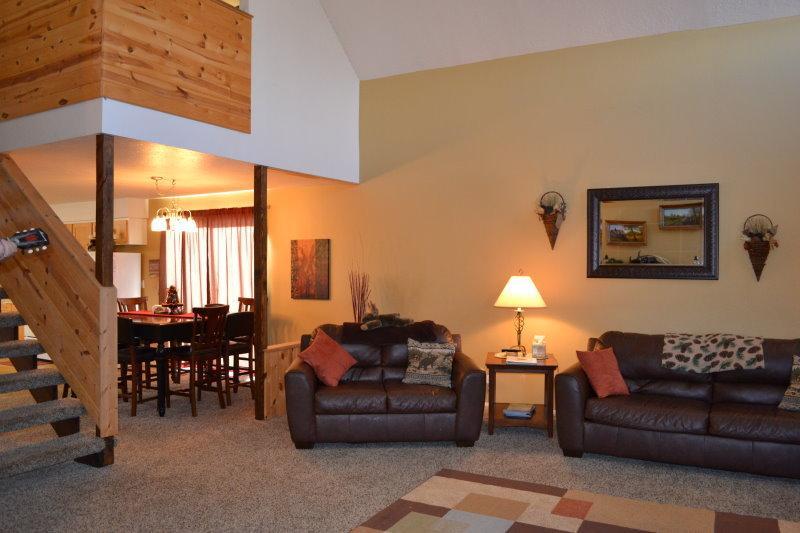 Big Timber Inn 6bed 3bath - Image 1 - Island Park - rentals