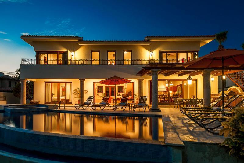 Casa de Phoenix, Sleeps 8 - Image 1 - Cabo San Lucas - rentals