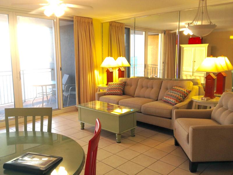 Large family room with queen sleeper - True Luxury Beachfront Resort $125-175 night - Panama City Beach - rentals