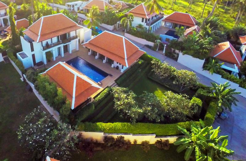 Aerial view of villa and garden - Luxury Pool Villa in Koh Samui - Thailand - Koh Samui - rentals