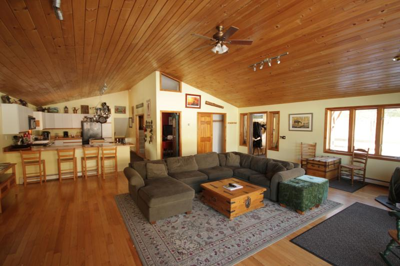 """Our cathedral ceiling great room and our two cooking area kitchen - MT Mansfield Farm, 5 bedrooms """"AT THE MOUNTAIN"""" - Stowe - rentals"""