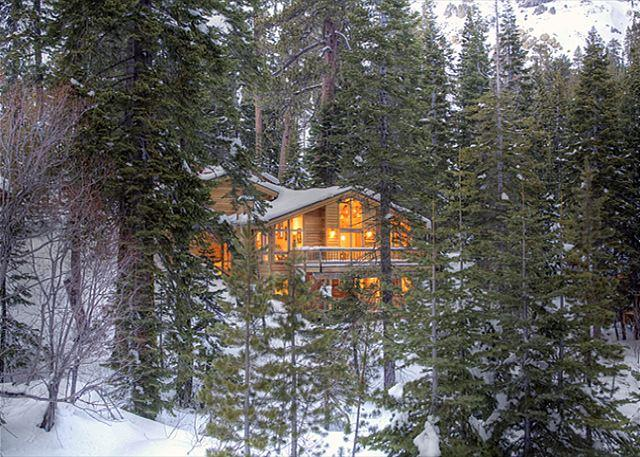 Front Exterior - Bear Creek Retreat - Large Pet-Friendly 4 BR - Sleeps 9 - Over 2500 SQ FT - Alpine Meadows - rentals