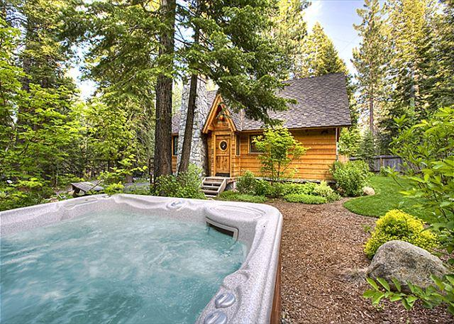 Hot Tub - Sunnyside Cottage - Romantic, Pet-friendly w/ Hot Tub - 50% off 3rd nt in MAR - Tahoe City - rentals