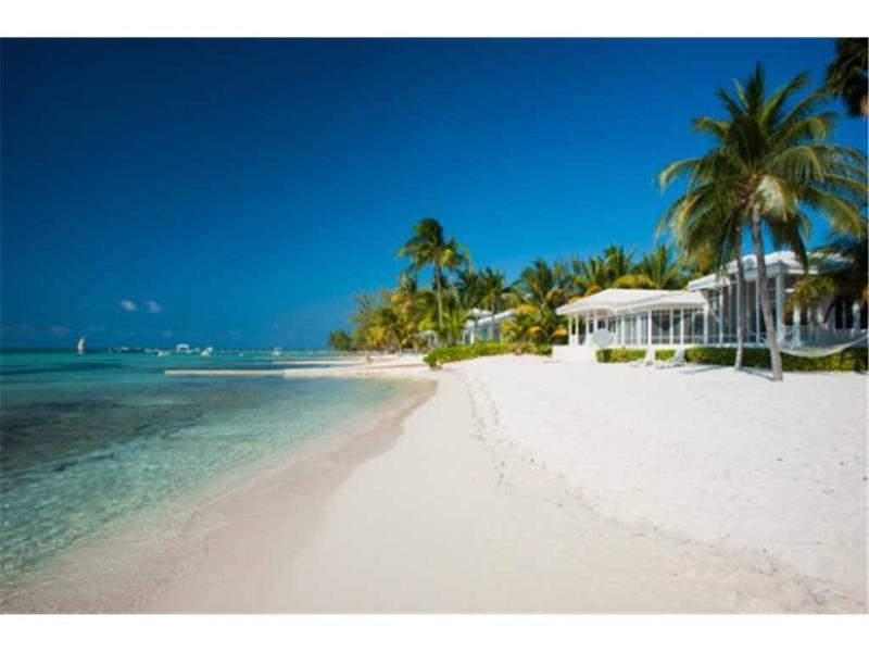 4BR-Rainbows End - Image 1 - Grand Cayman - rentals