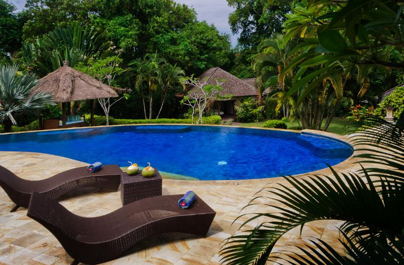 Lounge & graze by the pool... - 5-6 Bed Private Pool Villa - Villa Menari Bali - Ideal for Families. Sleeps 12. - Kerobokan - rentals