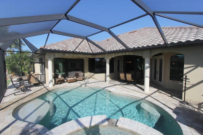"Vacation rental ""Villa Paradise"" with boat dock - Image 1 - Cape Coral - rentals"