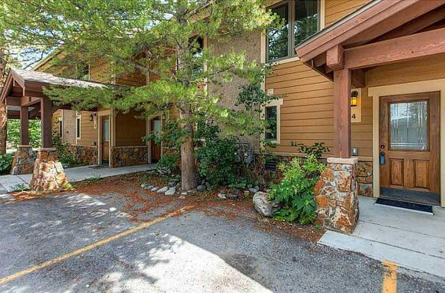 Roomy 3 Bedroom, 4 Bath Breckenridge Condo - Image 1 - Breckenridge - rentals