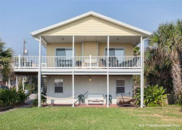 Spend lazy days at Barefoot Beach House - Barefoot Beach House, 4 bedrooms, Ocean Front, Wifi, new HDTVs - Saint Augustine - rentals