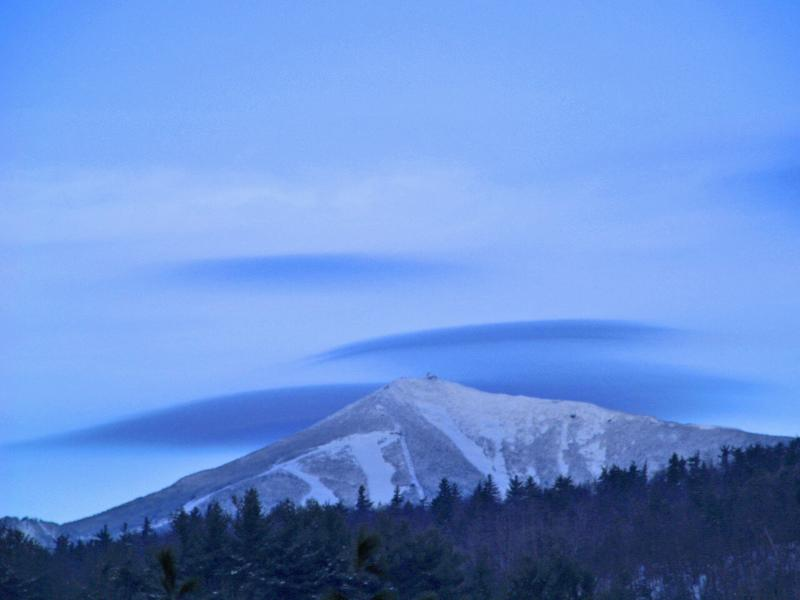 Whiteface Mountain awaits you just a quick 10 min. (6 miles) West - Adirondack Views Chalet - Sleeps 6 - Lake Placid - rentals