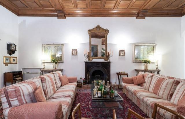 Large living room with fireplace - Tornabuoni - Central Florence - Florence - rentals
