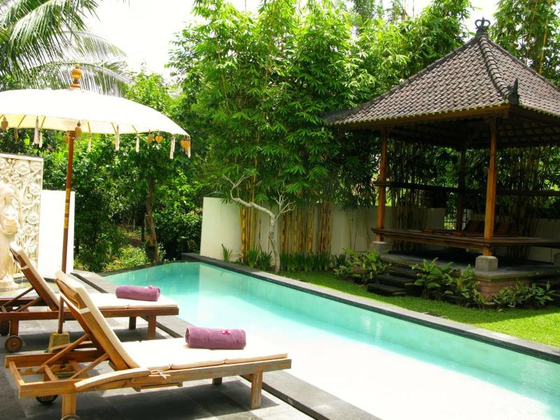 Our country villa has all the amenities you need to ensure the perfect trip towards relaxation - 30 % Disc (Sept-Oct-Nov 2016) 5 nights or longer - Ubud - rentals
