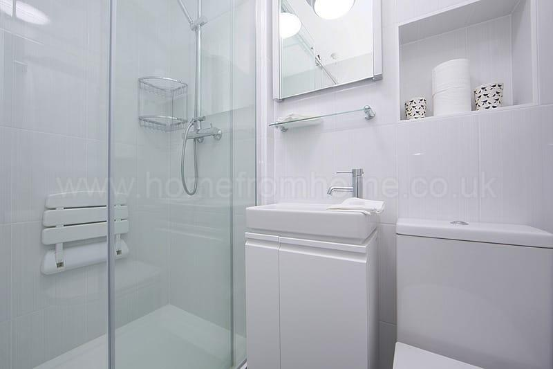 Superbly located 1 bedroom apartment with balcony- Covent Garden - Image 1 - London - rentals