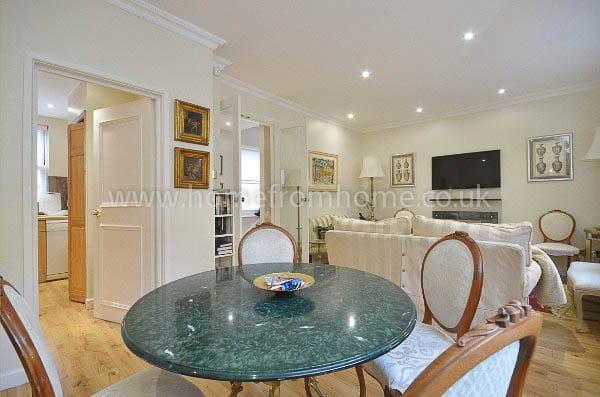 Spacious 2 bedroom mews house with 2 bathrooms and outdoor terrace in Notting Hill - Image 1 - London - rentals