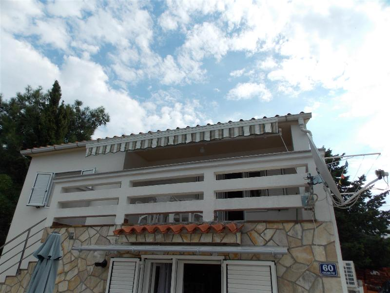 Cozy apartment Sandra for 4 persons in Novalja - Image 1 - Novalja - rentals