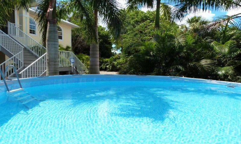 """16' x 48"""" Pool - BeachFlower - Fort Myers Beach - rentals"""