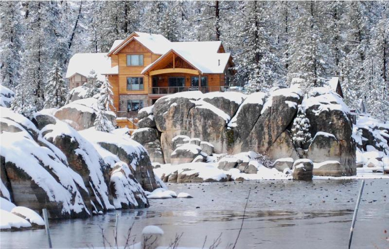 Luxury Boulder Bay Lakefront - Image 1 - Big Bear Lake - rentals
