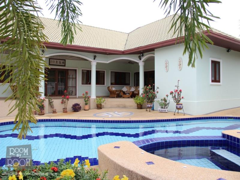 Villas for rent in Hua Hin: V6166 - Image 1 - Hua Hin - rentals