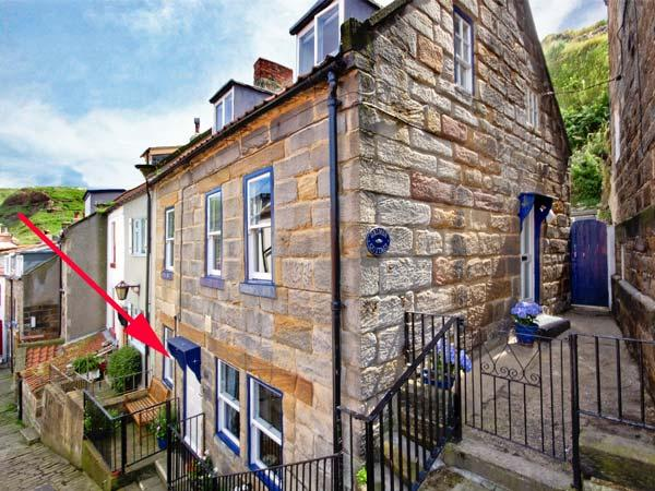 GRIMES NOOK, fisherman's cottage, with woodburning stove, close to shops, pubs and beach, Ref 18479 - Image 1 - Staithes - rentals