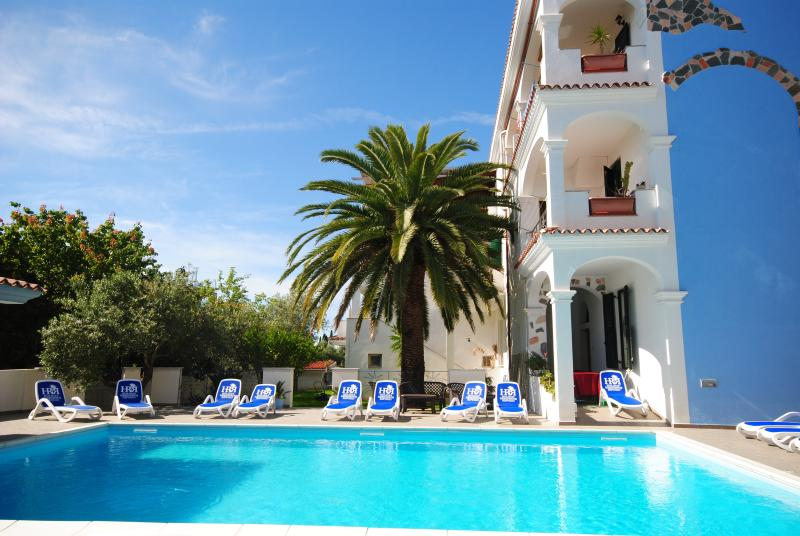 since spring 2014: 70m2  swimmingpool - MIRTO: 2-room apartment with garden - Orosei - rentals