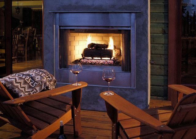***Emerald Club - 4 Master Suites, Hot Tub & Outdoor Fireplace - Sleeps 10*** - Image 1 - Tahoe City - rentals