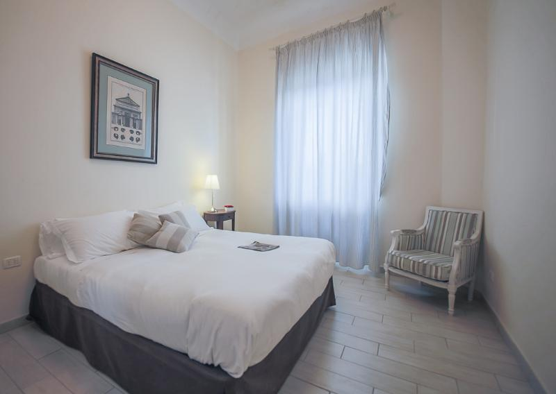 Beautiful 2 Bedroom for 6 at Ghibellina in Florence - Image 1 - Florence - rentals