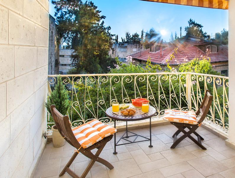 BEST DEAL! BEST LOCATION! STUNNING 2 BDR! - Image 1 - Jerusalem - rentals