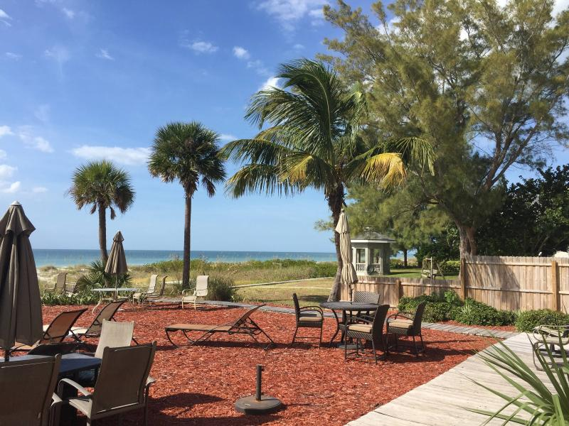 This beach suite is overlooking beach and grounds - Beachfront apt overlooking the Beach - Indian Shores - rentals
