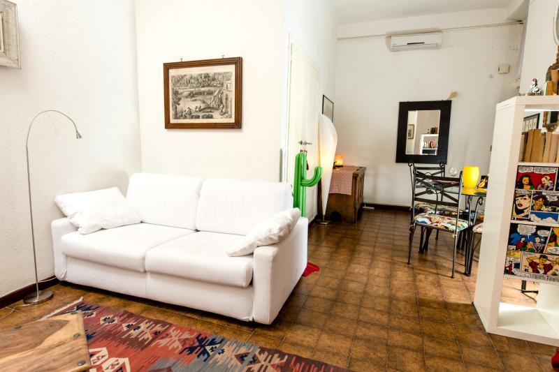 Living room - COLOSSEUM: RomAntica INN apartment - Rome - Rome - rentals