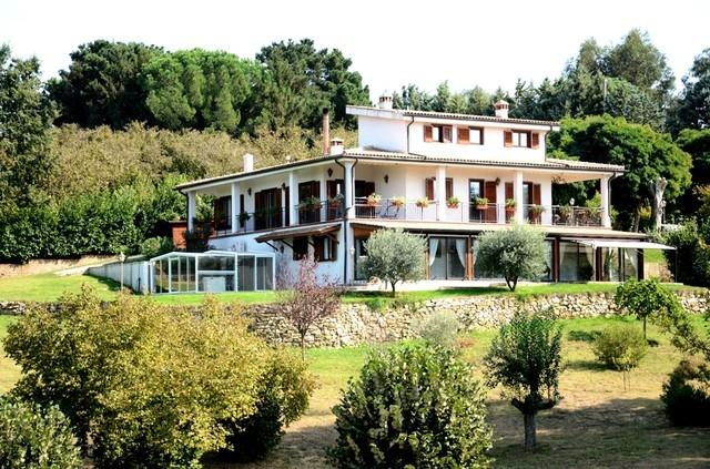 Country House and greenhouse with all-weather SPA on the left - Villa with outdoor all-weather SPA - Bassano Romano - rentals