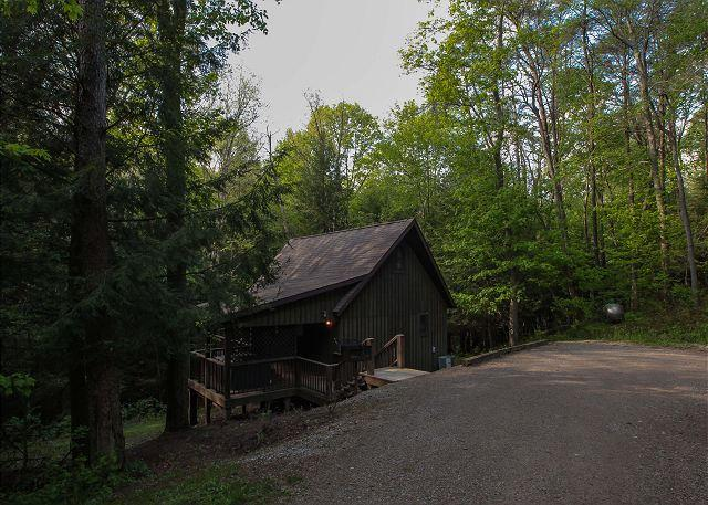 Private Romantic Hocking Hills Cabin - Image 1 - Logan - rentals
