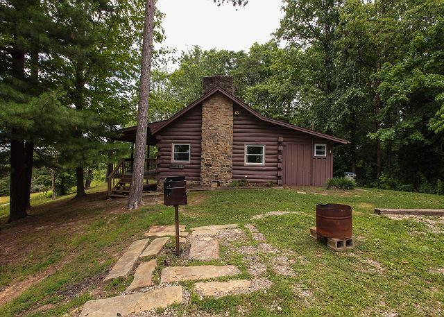 1900s Log Cabin Rental - Image 1 - Logan - rentals