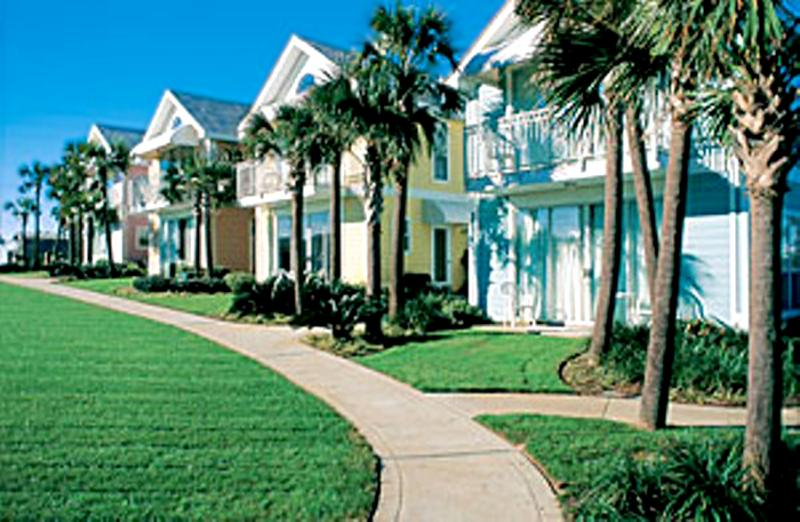 Nantucket Cottages #10B - Book Online! 100 Yards from Crystal Beach! Low Rates! Buy 3 nights or more get 1 FREE thru Feb 2015! - Image 1 - Destin - rentals
